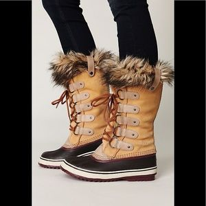 Free People Joan of Arctic Boots